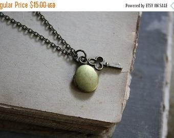 ON SALE Bridesmaid Locket Minimal Locket Oval Locket Key Necklace