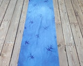 Special Listing for RAMAetc-Beautiful Might Oak Leaf Blue Discharge Dyed Table Runner