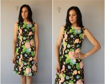 Vintage 1960s Dress   60s Dress   1960s Dark Floral Dress   60s Spring Dress   60s Floral Dress (small/medium)