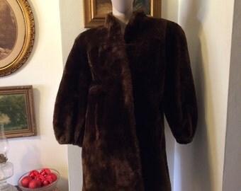 SALE Vintage 1940s retro mahagony brown mouton lamb ladies fur coat size small
