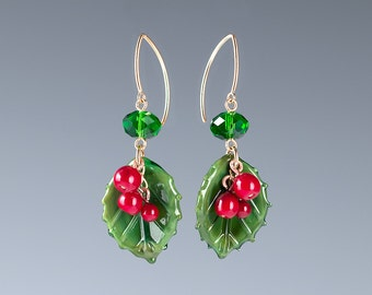 Holly Earrings w realistic lampwork glass bead leaves and berries. Art glass jewelry for winter holidays, christmas jewelry, christmas gift