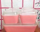 CLEARANCE Vtg Pyrex pink fridgie refrigerator dish set with lids. 2 501 1 502 1 503. Baking. Cooking. Vintage kitchen. Chef. Food storage.