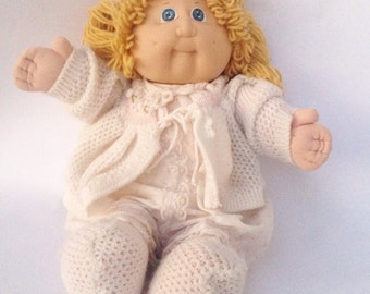 Vintage Cabbage Patch Kids blonde hair girl toy doll. 1980s.