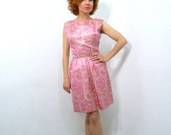 1950s Mollie Parnis dress Pink Silk Brocade Gold and Silver tread Bow Hourglass Cocktail Evening dress Small