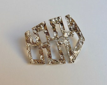 1970s silvertone mid century modernist abstract freeform brutalist brooch