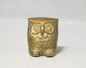 Vintage Brass Owl Figurine / Small Hooter Night Bird, Cute Big Eye Chubby Owl, Gold Tone Metal Hoot Statue, Wise Owl Desk Accessory Woodland