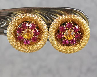 Vintage NOS Pink and Orange Rhinestone Gold Tone Woven Round Clip on Earrings