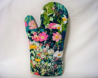 Quilted Oven Mitt - Mother's Garden Rich - Oven Glove - Potholder - Handcrafted - Ready To Ship