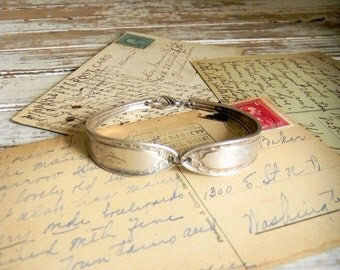 Spoon Bracelet, Spoon Handle Bangle Bracelet, Spoon Jewelry, Monogrammed Spoon Handle Bracelet, Silverware Jewelry, Silverware Bracelet SALE