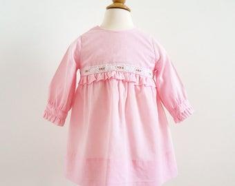 "Vintage 1960s Girls Approx Size 2-3 Alyssa One Piece Mod Dress / b24"" L18"" / Pink White Cotton Polka Dot Floral  Embroidery Trim"