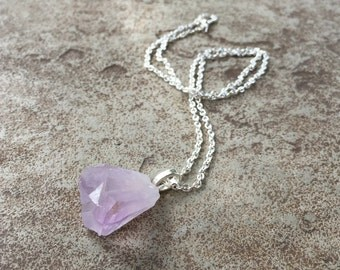 Raw Amethyst Chunk Necklace, Amethyst Crystal Necklace, Light Purple Amethyst Necklace Silver, Raw Crystal February Birthstone Necklace