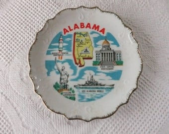 Vintage Alabama State Souvenir Plate Japan Decorative Collector Travel White with Gold Scalloped Edge