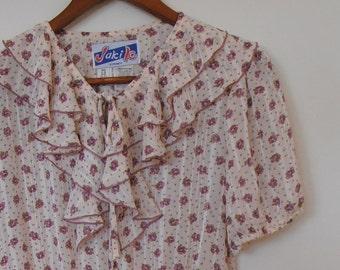 floral in mauve...1980s vintage ladies dress with belt