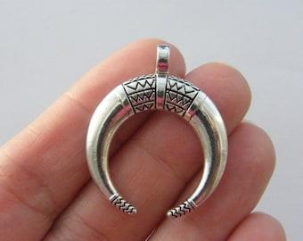 BULK 20 Crescent moon double horn charms antique silver tone M33