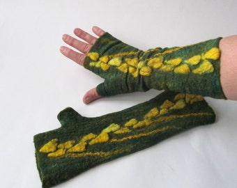 Felt fingerless gloves Hand Felted Mittens, Green Yellow  gloves, Green wool mittens, Cozy winter Gloves, wool arm warmer