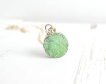 Light Green Druzy Necklace on 14K Gold, Round 18K Gold Edged Druzy Charm, Druzy Jewelry, Statement Necklace, Boho Trendy Spring Green Gifts