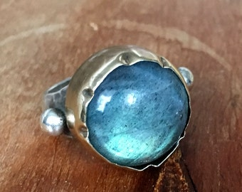 Labradorite Ring, blue gemstone ring, sterling silver gold ring, two-tones ring, Statement ring, high stone ring - Lost in your eyes R1289C
