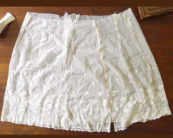 Antique 1920's, Beautiful Ecru Beige Color Lace Textile, Lingerie Skirt, Undergarment Slip