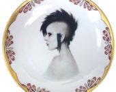"Modern Lady Portrait Plate 7.75"""