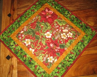 "Christmas Holiday Poinsettia Table Topper, Holly Berries and Pine Cones, Quilted 21 x 21"", Red Green Reversible Fall"