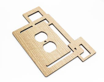 Modern Rustic Squares Wood Wall Outlet Cover made from Sustainable Harvest Red Oak Wood . Timber Green Woods. Arts and Crafts Style.