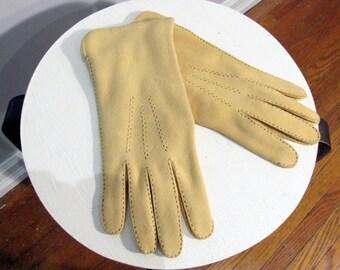 Gloves hand stitched handmade vintage tan Doe Deer Skin Hide size 8 M/L