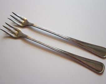 2 vintage cocktail forks - COLUMBIA 1910, Regis, Wm. A Rogers hotel plate - seafood fork, cocktail fork - vintage silver plated flatware