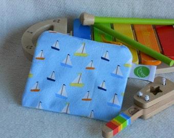 "Reusable Snack Sack, Mini Size - 5"" x 4.5""-  Machine Washable, Zippered, EcoFriendly"