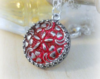 Silver Star Necklace - Star Jewelry - Glass Necklace - Red Jewelry - Celestial Jewelry - Czech Glass - Button Necklace - Star Pendant