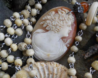 Little Beauty       Victorian Shell Cameo Bone Rosary Chain Necklace