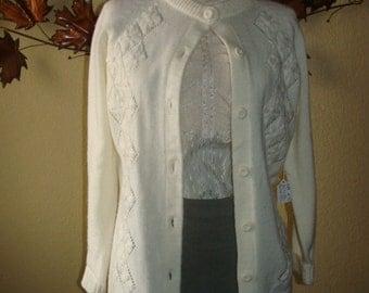 Montgomery Wards 100% Acrylic Cream Mid Century Cardigan Diamond Design 60's Sweater Knit Long Sleeve 36/Small