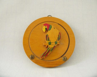 Vintage parrot key hook, plaque, wood parrot, wall hanging, florida decor, tropical decor