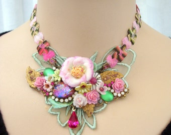 romantic floral necklace  blossom