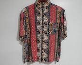 Medium Abstract Print Ladies Shirt Short Sleeve Blouse Colorful Tribal Trending Tiki Safari Cruise Vacation Resort Hill Tribe Design Pattern
