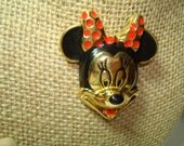 Vintage Minnie Mouse Head DISNEY Enameled Red and Black Gold Tone Pin.