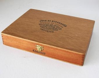 Vintage Joya De Nicaragua Wood Cigar Box