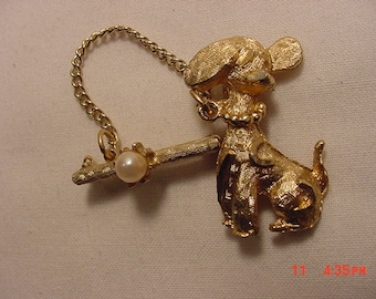 Vintage Chained Poodle Brooch  17 - 121