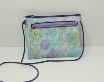Ellen Walletpurse in Quilted Pastel Snowflakes