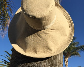 Womens Wide Brim Sun hat with Lace in Natural Linen Sunhat for Traveling Foldable Sun Hat Wedding Hat Gift for Her Freckles California