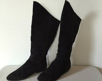 30% OFF SALE... Peter Pan slouch tall boots | 80s black suede boots | 8.5
