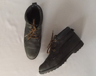 FOREST GREEN leather boots | lace up ankle boots | 8