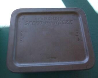 Lot of 4 BERNARDIN Speed-E-Freeze Aluminum Refrigerator or Freezer tins all 1 pint size with lids 1950's kitchen ware