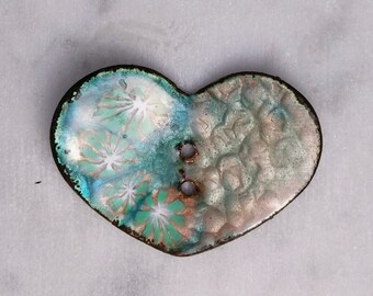 Enameled Two-hole Button: Textured Heart 2016 B-333