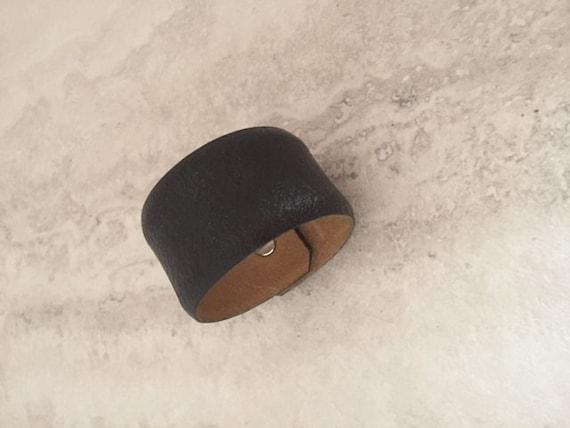 Men's Black Handmade Leather Bracelet (Size 6.5 inches)