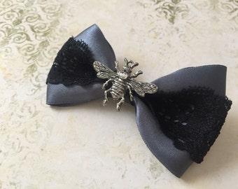 Silver bee- hairclip
