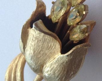 Vintage Ledo 1953 Tulip Brooch Large Rhinestones Dimensional Gold Tone