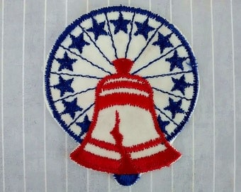 """Vintage 3.1"""" Sew On Liberty Bell Patch, 1976 Bicentennial Applique, Patriotic Collectible, Independence Day 4th July Embellishment"""