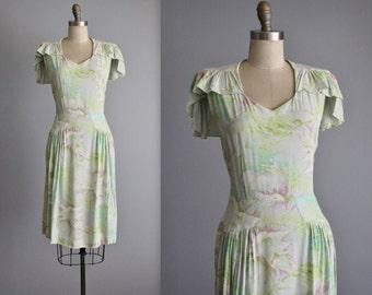 30's Floral Dress // Vintage 1930's Floral Rayon Capelet Day Dress XS