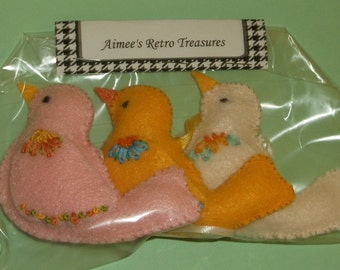 Hand Crafted Felt Embroidered Bird Ornaments - Pink Yellow White