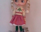 Cute Christmas sweater and a cotton skirt  for Blythe or Pullip